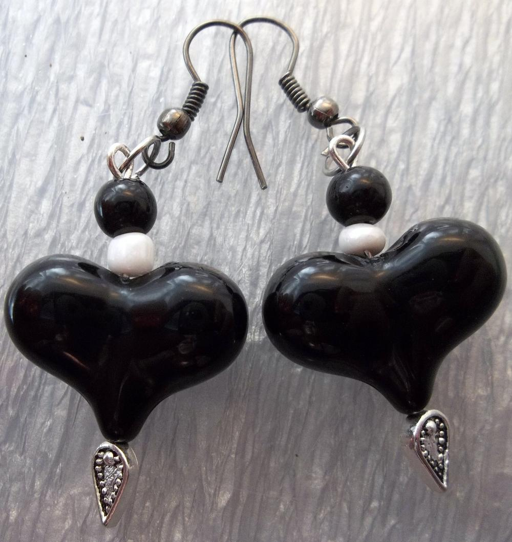 Black heart with white beads Earrings